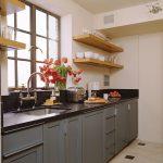 Tips Memilih Cat yang Tepat untuk Dapur Sempit