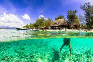 Berenang di Gili Lombok
