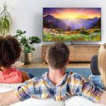 Sering Pusing Saat Menonton TV? Begini Cara Baik dan Amannya