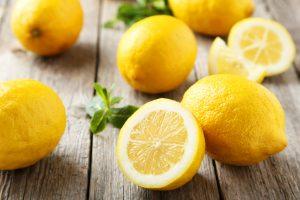 Lemon Atasi Bau Badan