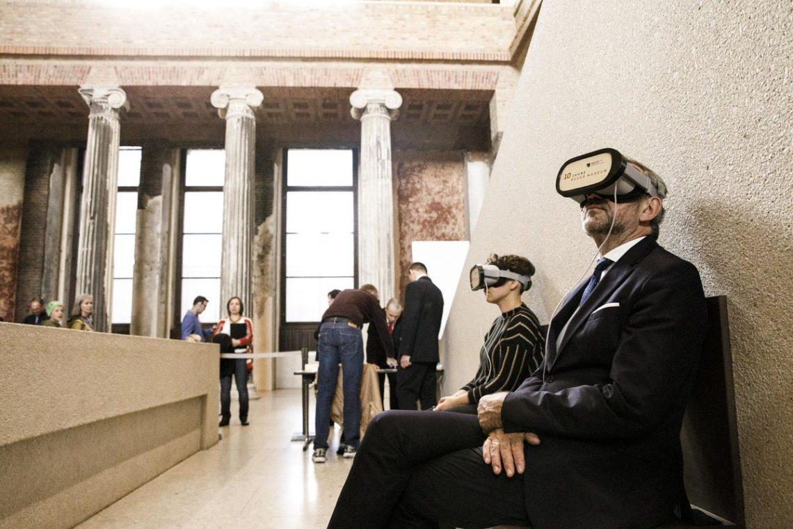 tur museum dengan vr